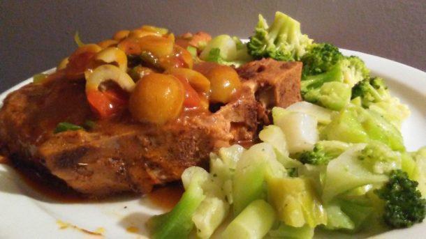 Braised Pork Chop with Olives