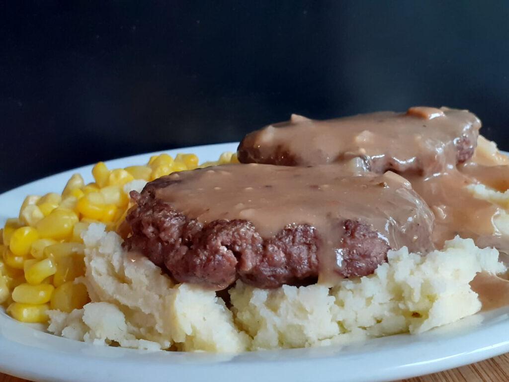 Salisbury Steak Mashed Potatoes and Corn