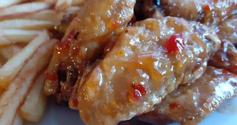 Sweet Thai Sriracha Chicken Wings